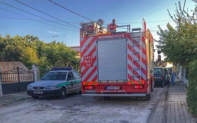Incêndio em habitação provoca dois feridos