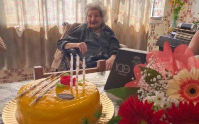 Dona Anica festeja 102 anos de vida