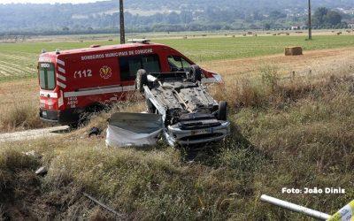 Despiste de automóvel provoca a morte a homem de 70 anos
