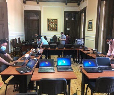 Benavente adquire 350 computadores para alunos do concelho