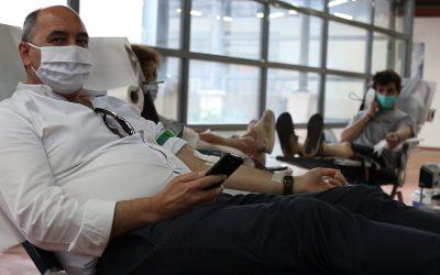 VÍDEO | Solidariedade fala mais alto do que receio pela pandemia na dádiva de sangue