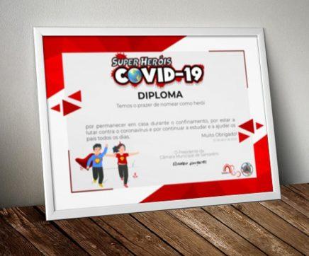 """3100 crianças de Santarém distinguidas com diploma """"Super-Heróis COVID-19"""""""