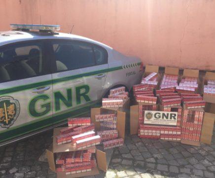 GNR apreendeu perto de 90 mil cigarros em fiscalização na A1