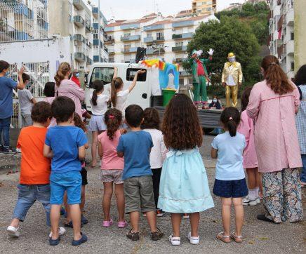 Branquinho, Cabeça de Nabo e Pantufa levaram animação aos mais pequenos no Dia Mundial da Criança