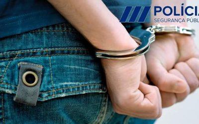 Jovem de 21 anos detido pelo crime de roubo por esticão