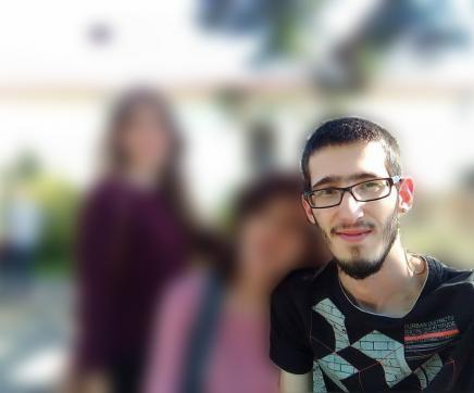 Família pede ajuda para encontrar jovem desaparecido