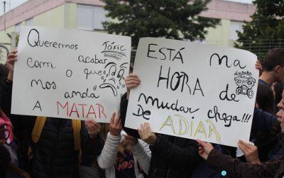População de Alcanena em protesto contra a poluição ambiental