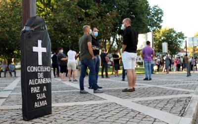 """SOS Alcanena lança """"grito de socorro"""" contra maus cheiros"""