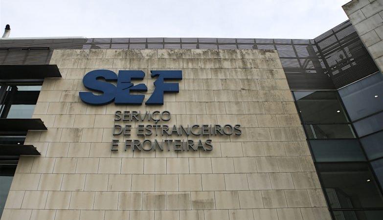 Greve dos funcionários das carreiras não policiais do SEF fechou posto de atendimento de Santarém