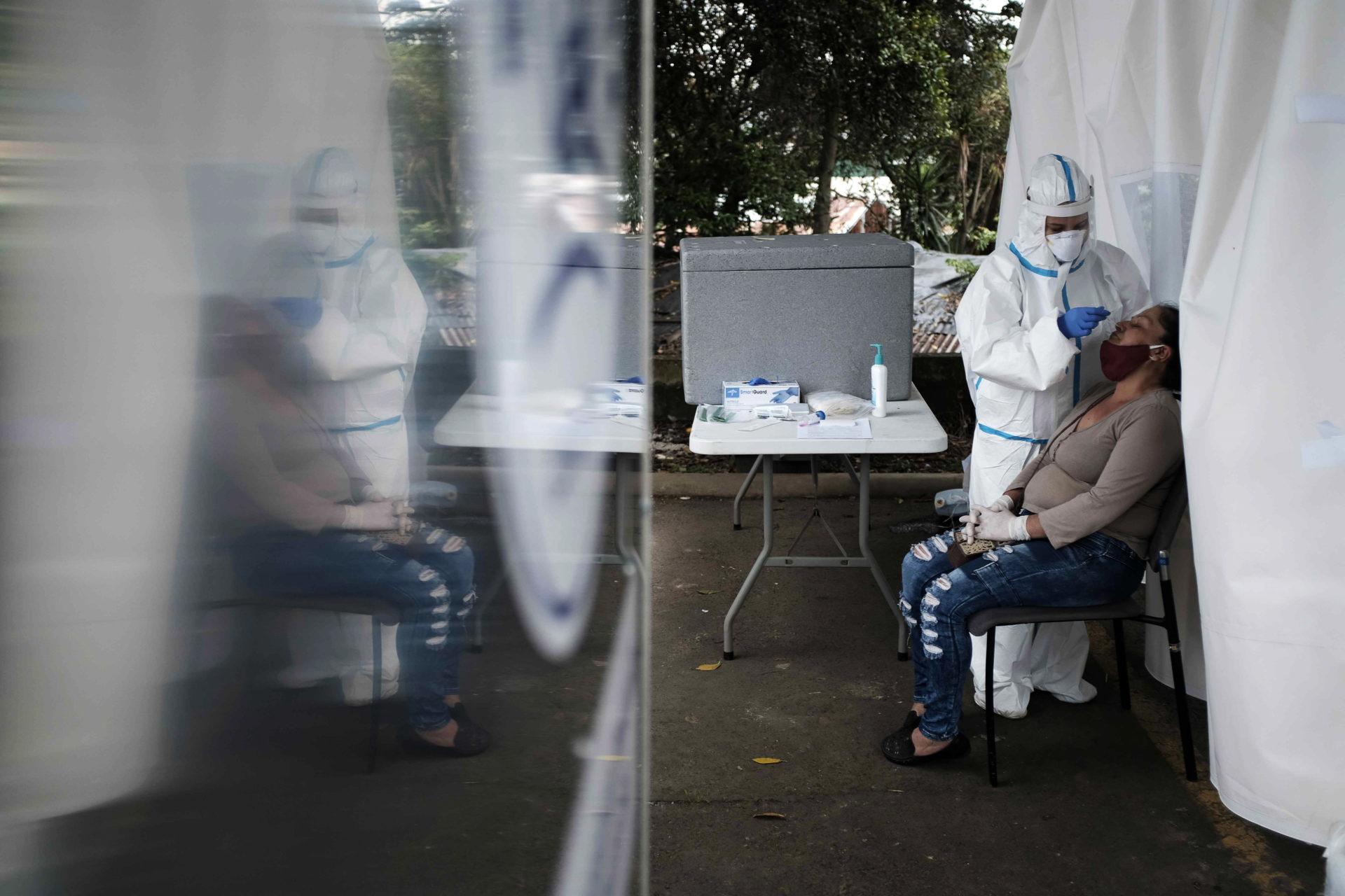 Infecções por Covid-19 são 25 vezes superiores às diagnosticadas