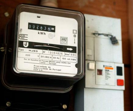 Alterações ao IVA na eletricidade abrangem 5,3 milhões de consumidores a partir de hoje