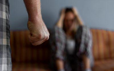 Detido por violência doméstica fica com pulseira electrónica