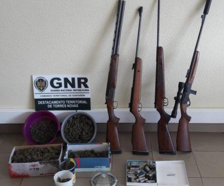 GNR apreende armas e droga em processo de violência doméstica