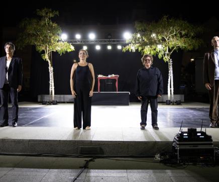 """Companhia teatral Veto apresenta """"Obrigado Bernardo Santarém de Portugal"""""""