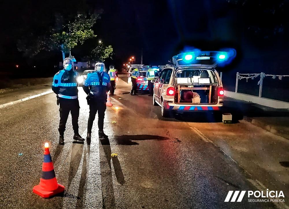 """PSP regista 21 acidentes rodoviários durante a campanha rodoviária """"Viajar sem Pressa"""""""