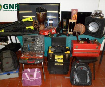 Detidos pela GNR quatro suspeitos de furtos em garagens de Almeirim