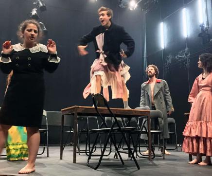 Pensar a crise da democracia e o aumento de ditaduras com o teatro de Bernardo Santareno