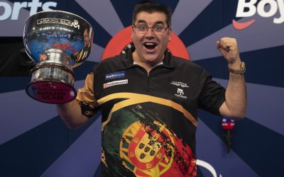 José de Sousa conquista Grand Slam 2020 em dardos